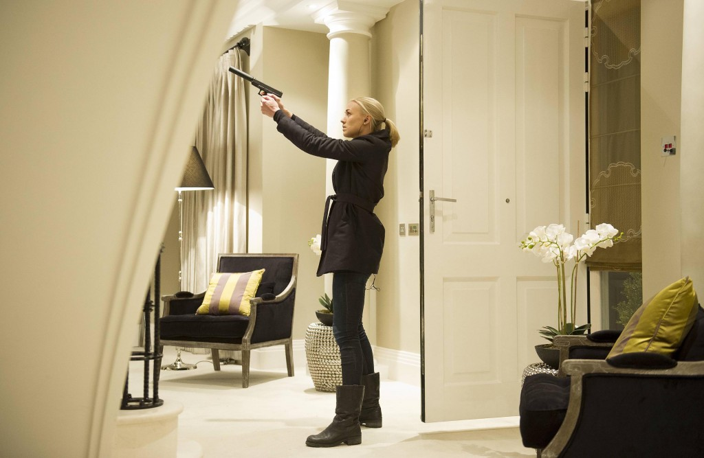 Kate Morgan (Yvonne Strahovski) is on a mission in 24: Live Another Day Episode 11