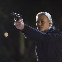 Kate Morgan (Yvonne Strahovski) in a firefight, 24: Live Another Day Finale