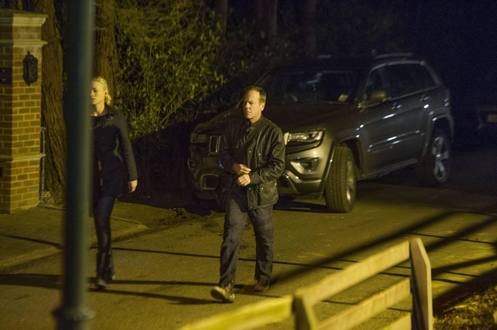 Jack Bauer (Kiefer Sutherland) leads Kate Morgan (Yvonne Strahovski) on a mission in 24: Live Another Day Episode 11