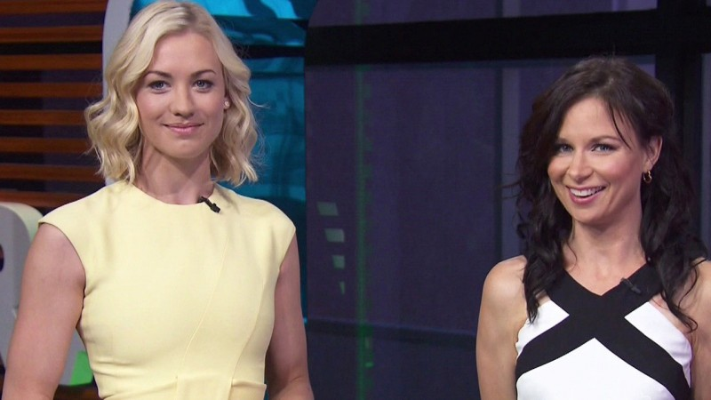 Yvonne Strahovski and Mary Lynn Rajskub on Extra