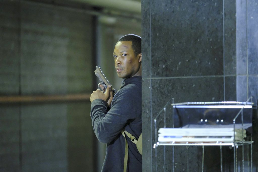 Eric Carter shootout in 24: Legacy Episode 3