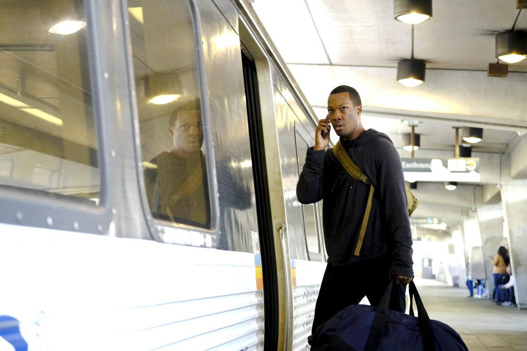 Eric Carter (Corey Hawkins) boards train in 24: Legacy Episode 3