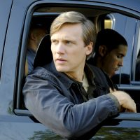 Teddy Sears as CTU Director Keith Mullins in 24: Legacy Episode 3