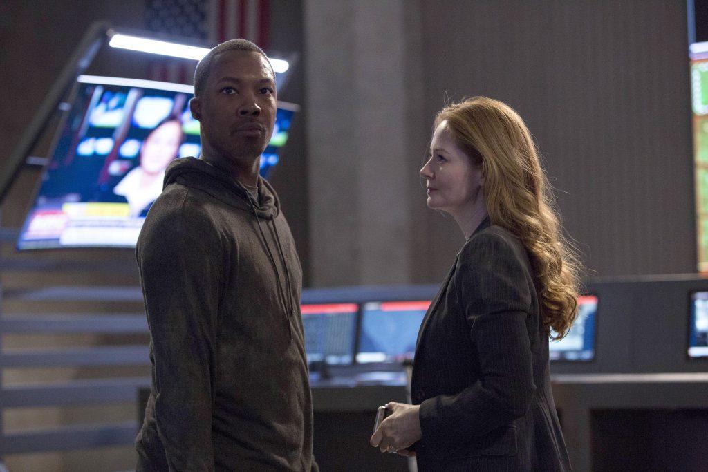 Eric Carter and Rebecca Ingram at CTU in 24: Legacy Episode 10