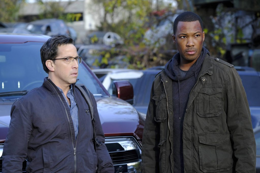 Dan Bucatinsky and Corey Hawkins in 24: Legacy Episode 7