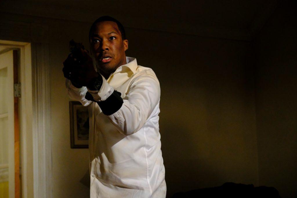 Corey Hawkins as Eric Carter with gun in 24: Legacy Episode 11